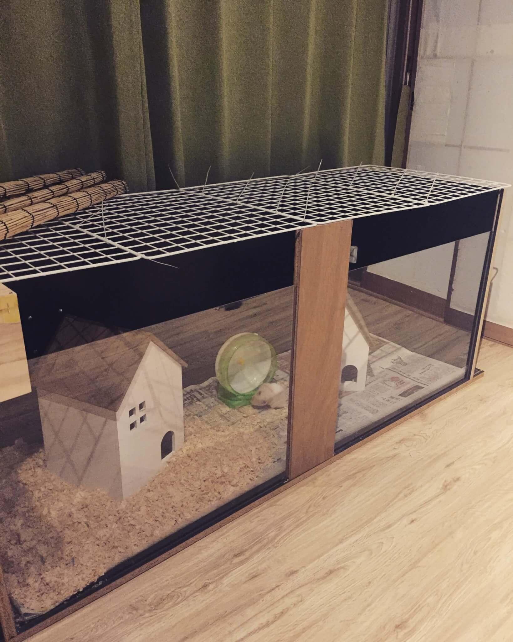 DIYで作ったハムスターハウス