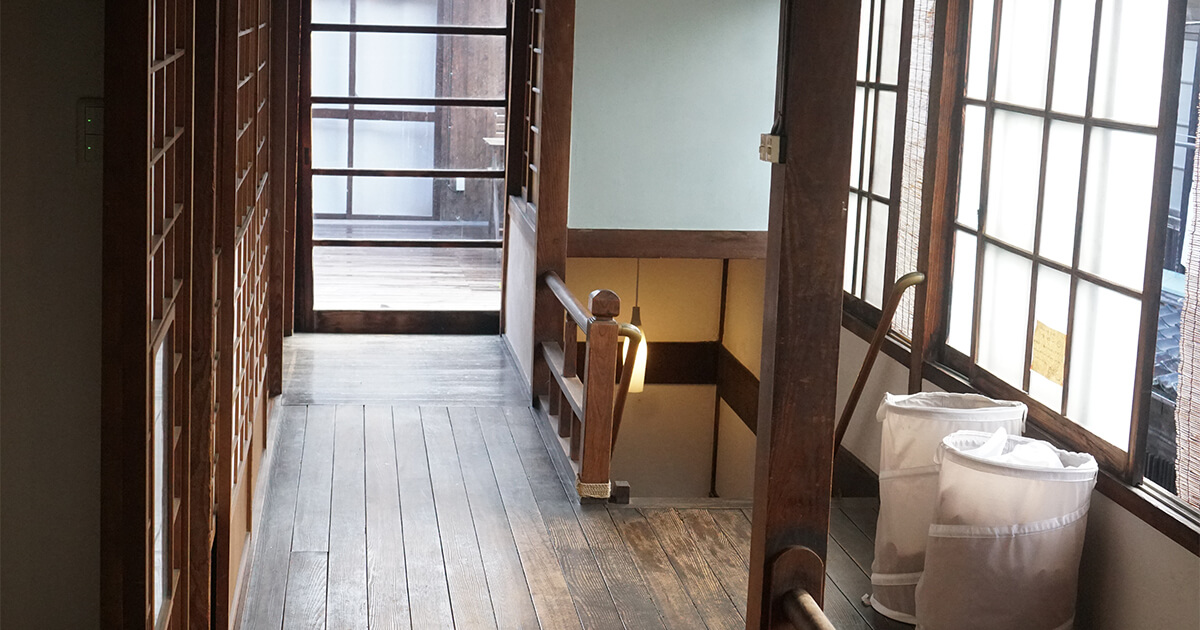 大分県竹田(たけた)市ゲストハウスCueの寝室周辺スペース