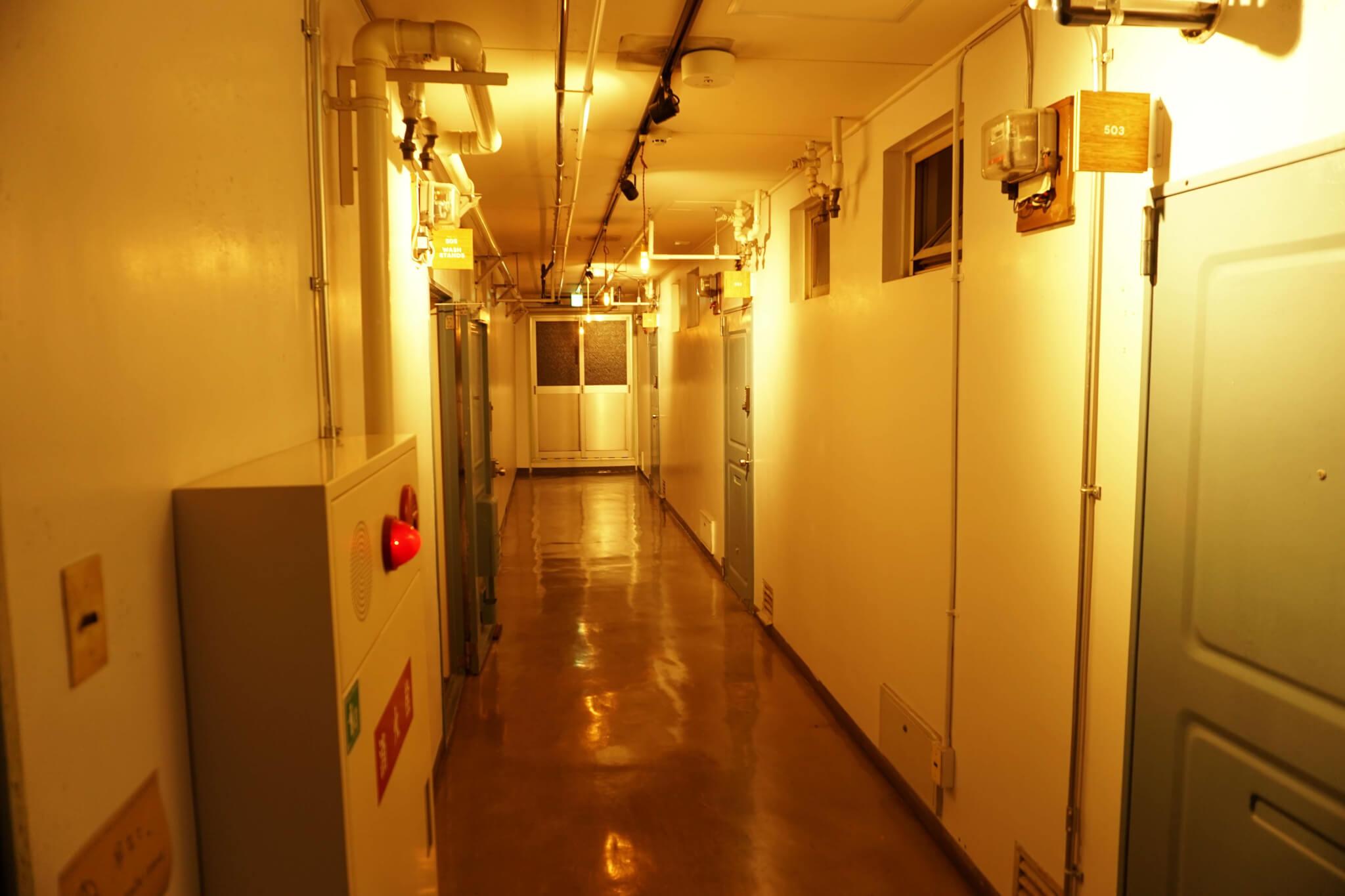 和歌山ゲストハウスRicoの宿泊施設の通路