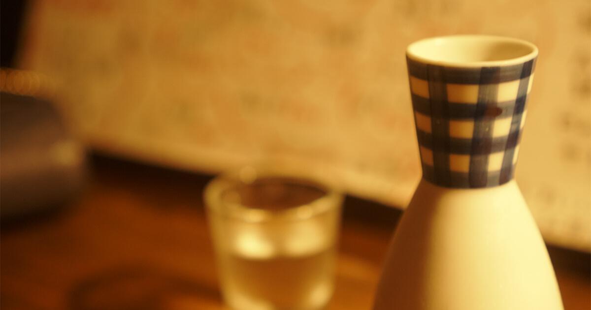 熊本県水俣市ゲストハウスtojiya前の屋台で出された日本酒