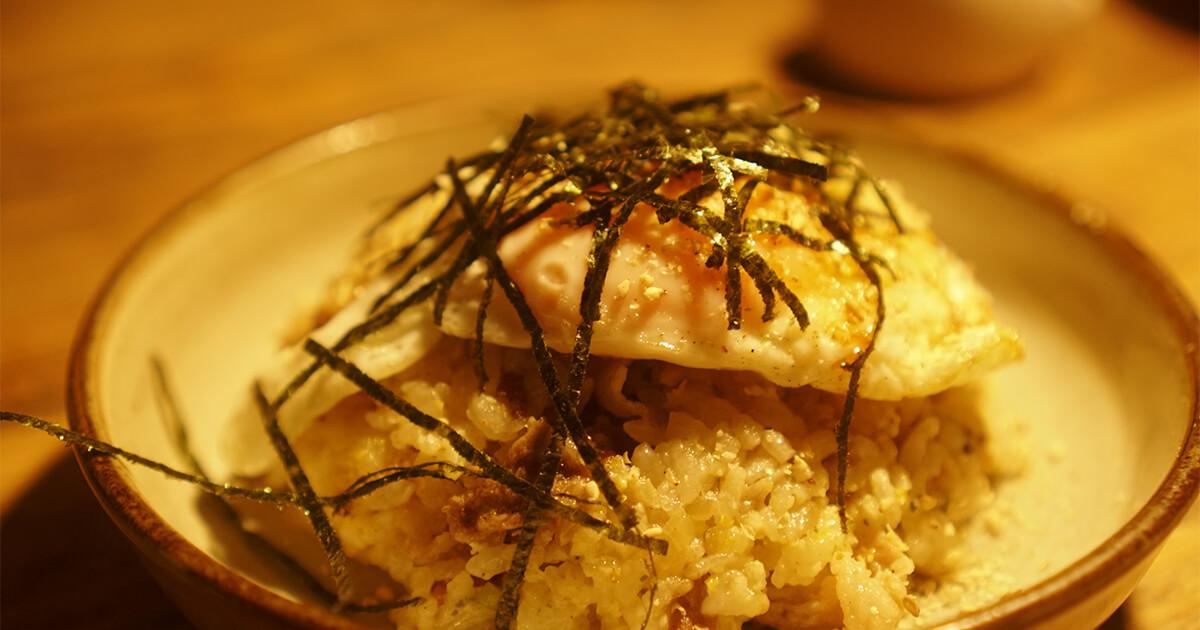 熊本県水俣市ゲストハウスtojiya前の屋台で食べたチャーハン