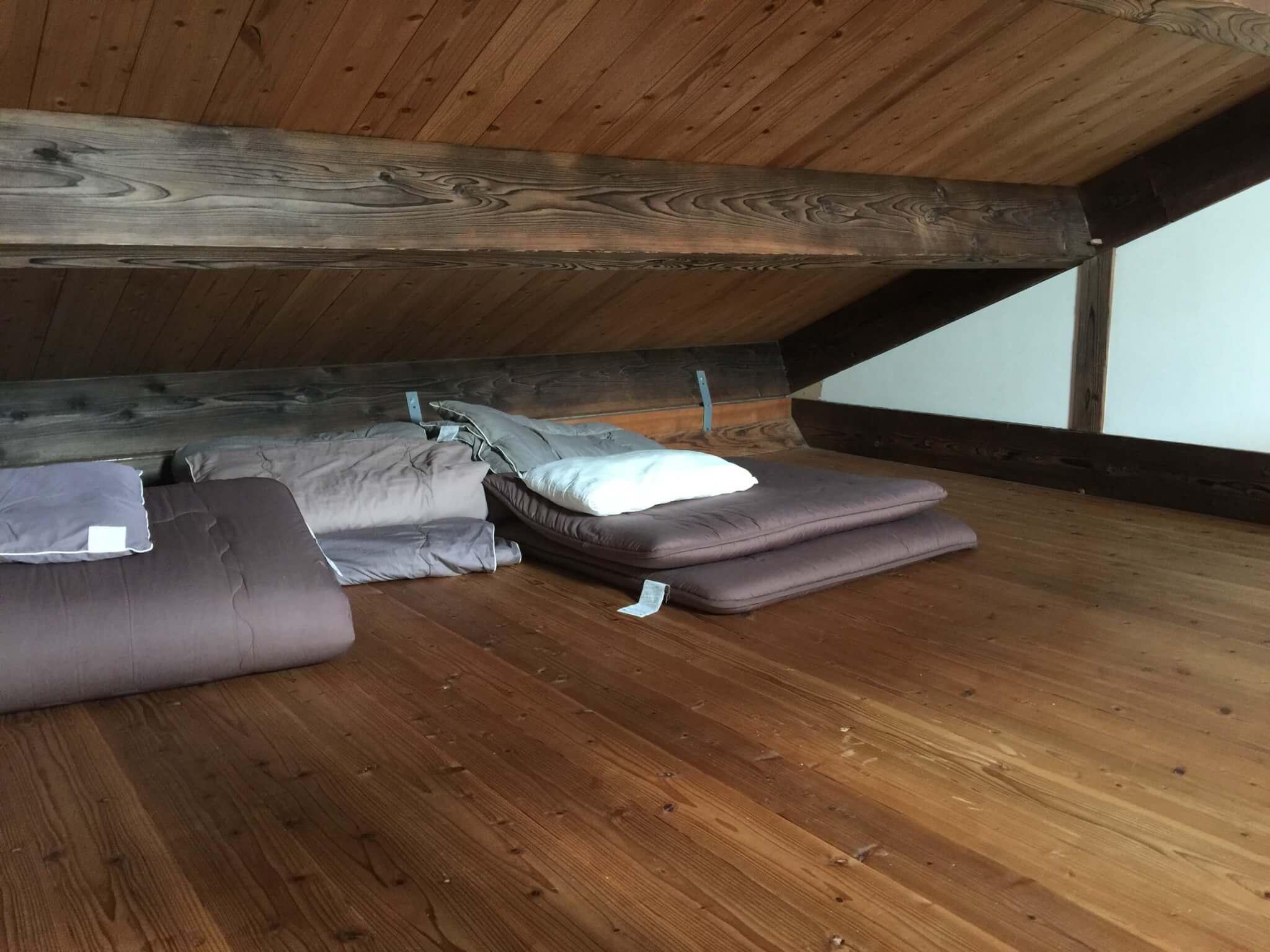 石垣島ゲストハウス棲家まーるの部屋のロフト