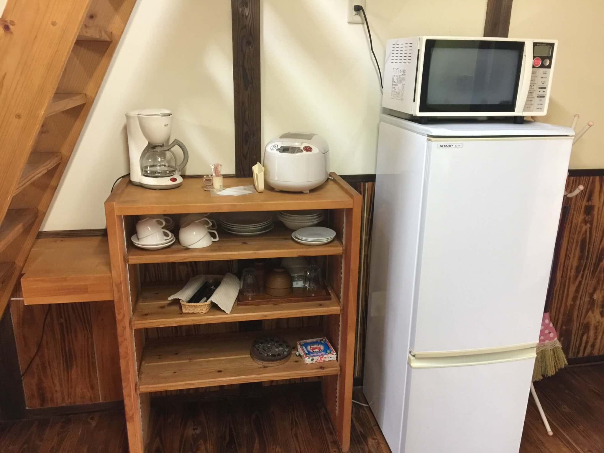 石垣島ゲストハウス棲家まーるの中にある家具