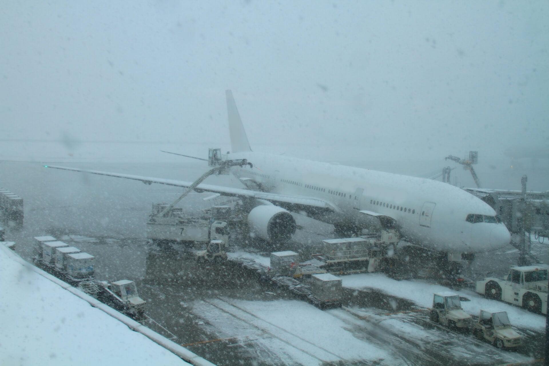 吹雪でLCC飛行機便が欠航