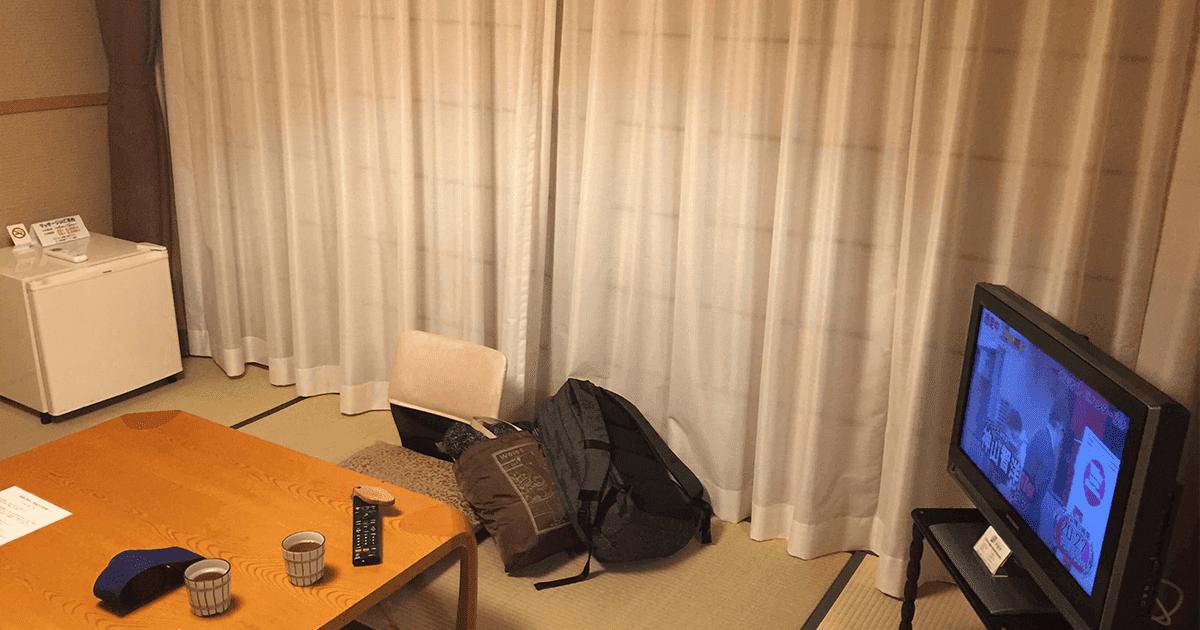 ゲストハウス翠鳩の巣(あおばとのす)の部屋の中