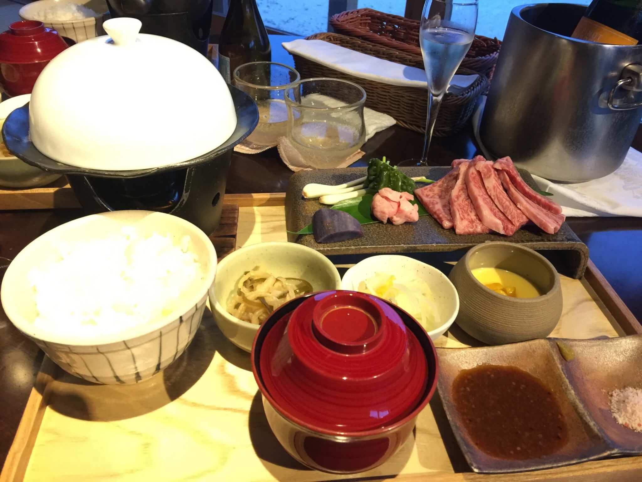 竹富島星のやで食べた夕飯