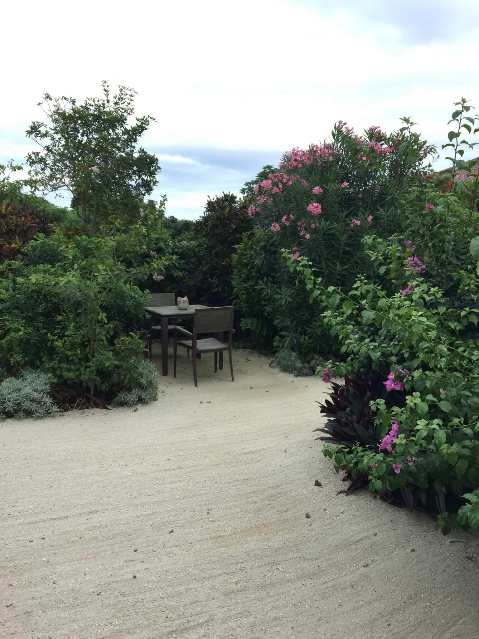 竹富島星のやで宿泊した部屋の庭